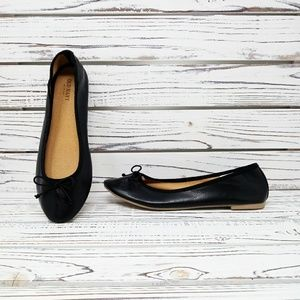 Old Navy | Black Slip-On Round Toe Flats